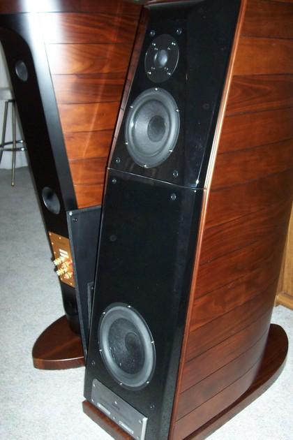 Usher 8571-2 Be Full range speaker