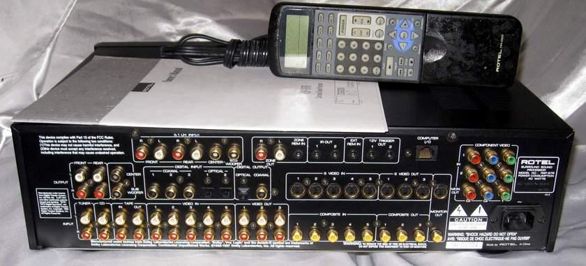 Rotel RSP-976  DD DTS preamplifier processor