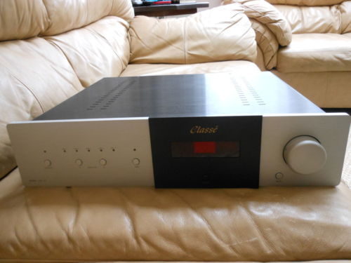 CLASSE  CAP 151  with the optional phono input
