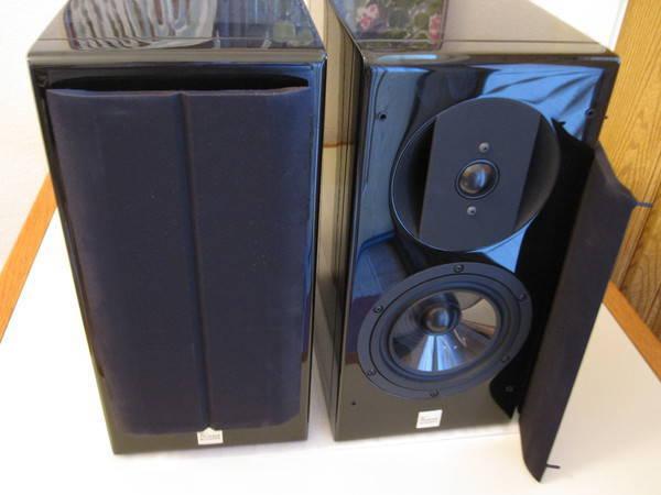 Vienna Acoustics Haydn Monitors piano black - brand new !