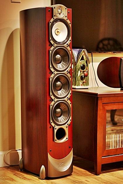 Paradigm Studio 100 V.5 Mint, Like New!