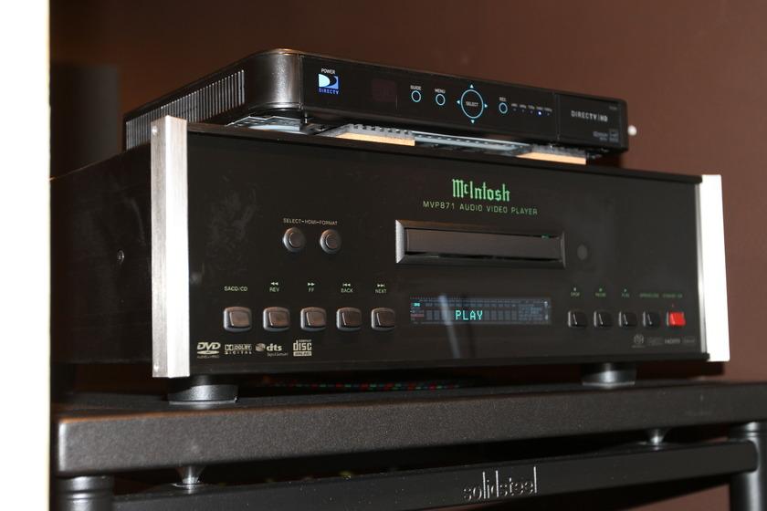McIntosh MVP-871 CD/SACD/DVD Player