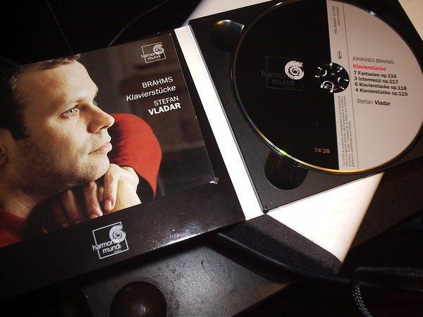 Brahms - Klavierstucke stefan vladar