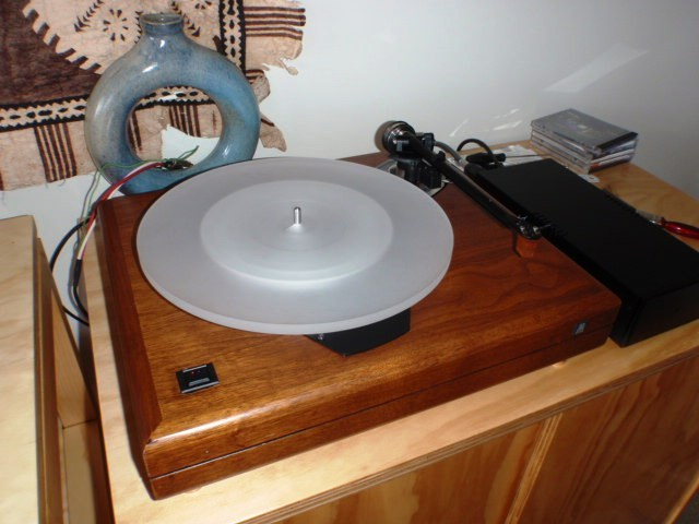 ACOUSTIC RESEARCH  'THE TURNTABLE'   - WELL TWEAKED