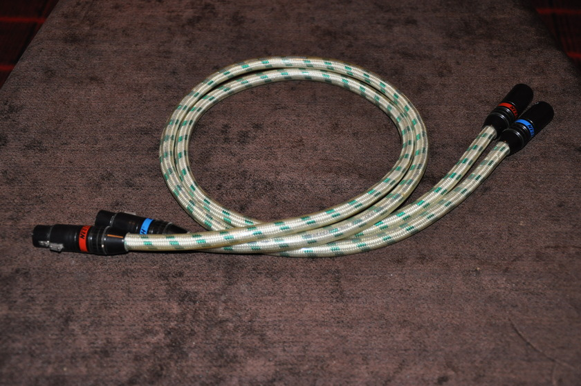 Neotech NA-12165 Pure OCC Silver Interconnects 1 Meter in XLR
