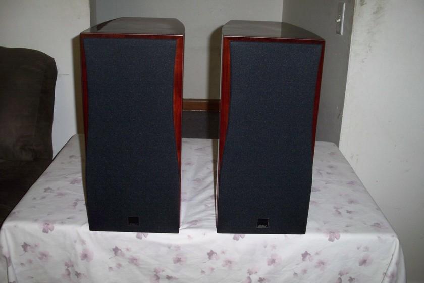 Dali Helicon 300 Speakers - Pair