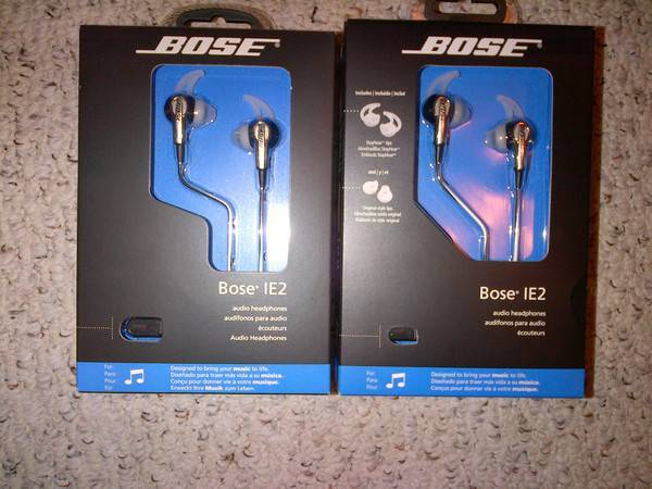 BOSE IE2 in ear headphone   brand new