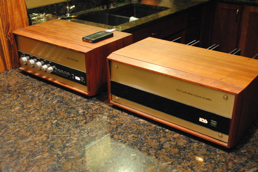ESS 400AMP & PREAMP Vintage ESS Audio Components