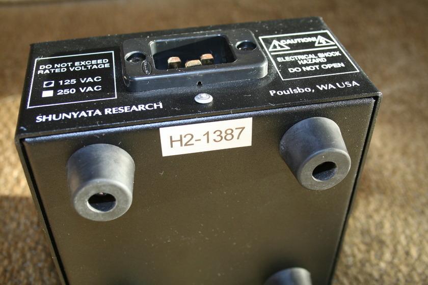 Shunyata Research Hydra 2  20amp -- (see pics)