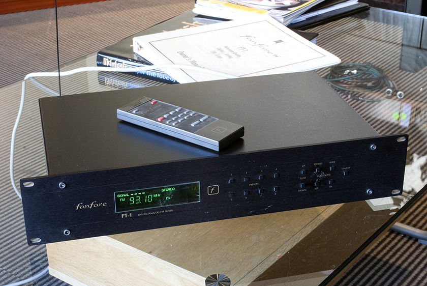 Fanfare FT-1 Remote Controlled FM Tuner