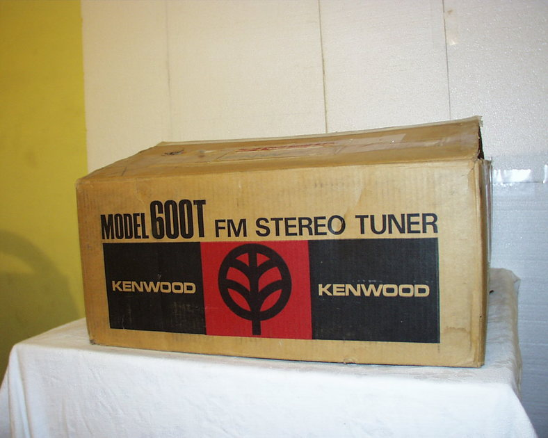 KENWOOD 600T TUNER WITH BOX ,MANUAL