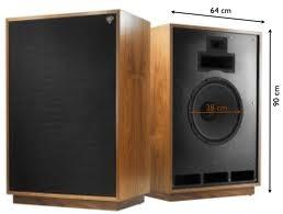 Klipsch Cornwall Iii Cherry, or Walnut awesom pair of speakers