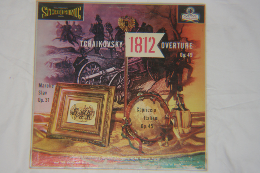 London Symphony Orchestra - Tchaikovsky 1812 Overture Op. 49 Marche Slav Op. 31 Capriccio Italien Op. 45 London Blueback CS6038