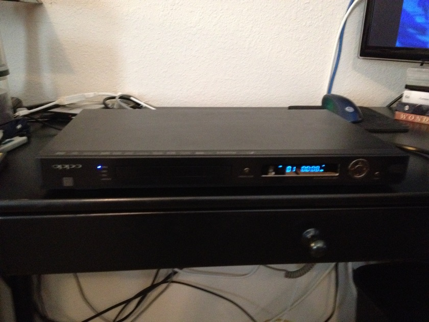 Oppo DV-980H