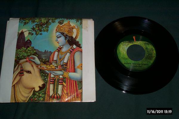 Radha Krishna Temple - Govinda apple records 45 with sleeve