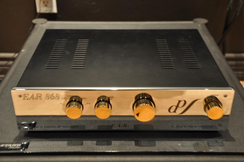 E.A.R 868L PREAMPLIFIER BEATS ARC REF 3