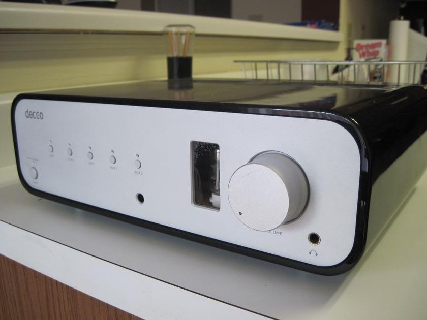 Peachtree  Decco 60wpc  Intergrated Amp