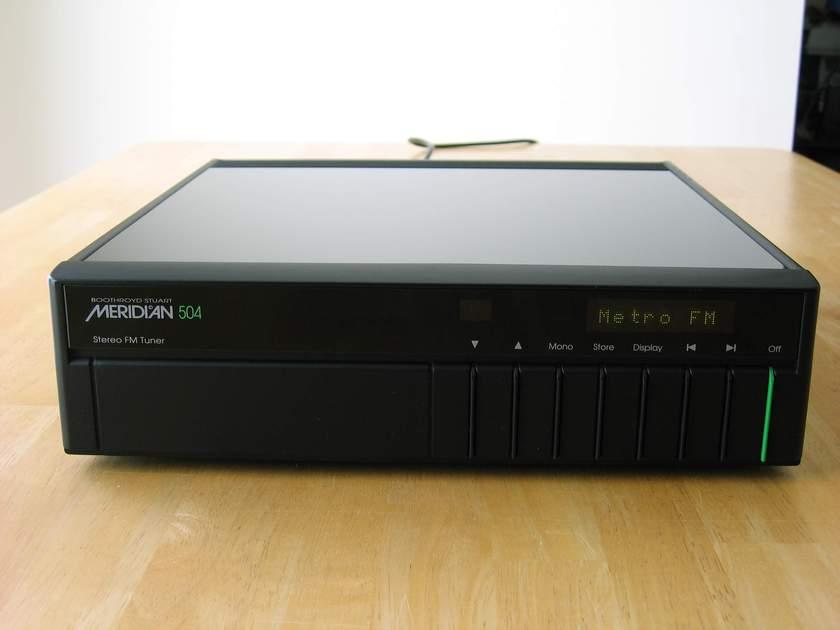 Meridian 504 FM tuner