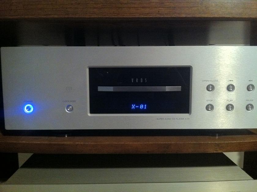 Esoteric X-01 SACD/CD Player