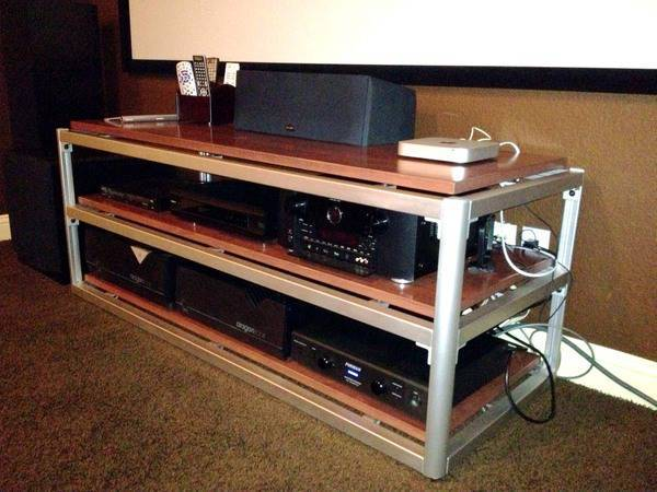 Steve Blinn Designs Super-Wide Rack finest audiophile reference