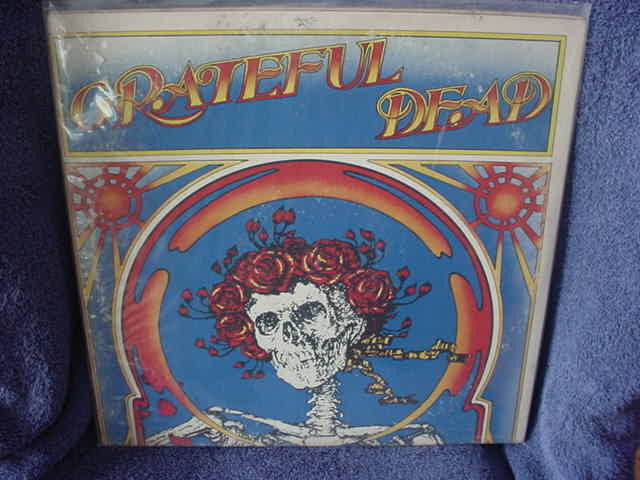 Greatful Dead 2nd Live LP w/ decal - Greatful dead / Skull w/roses  Warner Bros Green Label 2ws1935 USA 1971