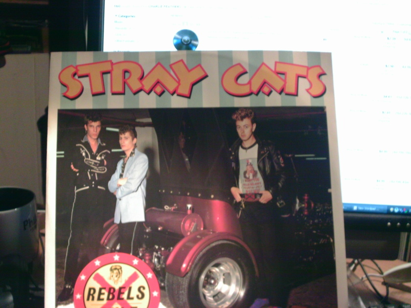 STRAY CATS - REBELS RULE 12 INCH   45RPM