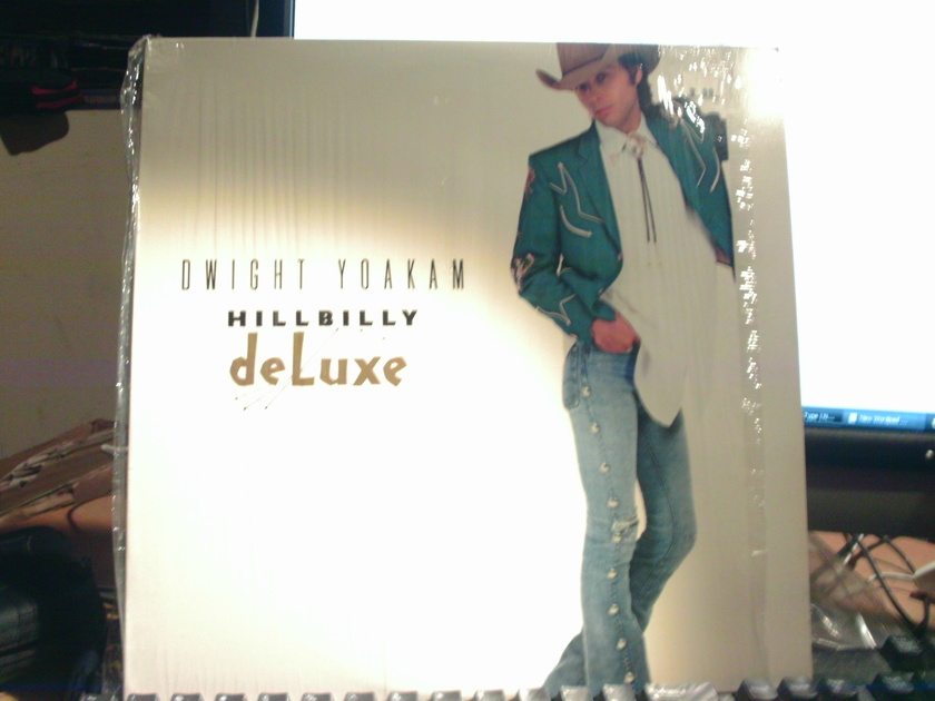 DWIGHT YOAKAM - HILLBILLY DELUKE