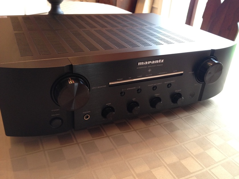 Marantz PM8004 Integrated Awesome Phono Section! As New!