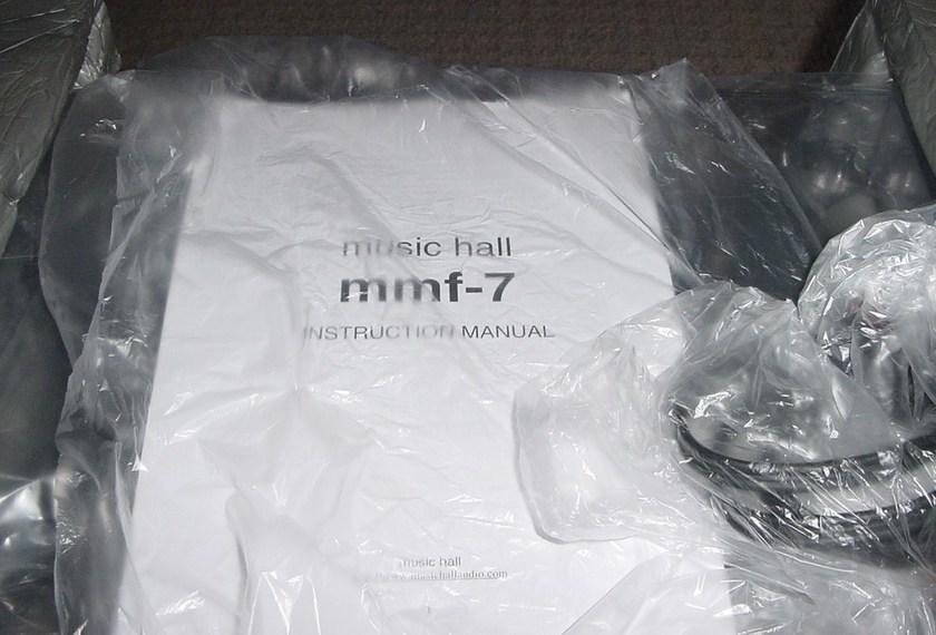 Music Hall MMF-7 turntable new all packaging bonus Goldreing  Eroika MC cartridge