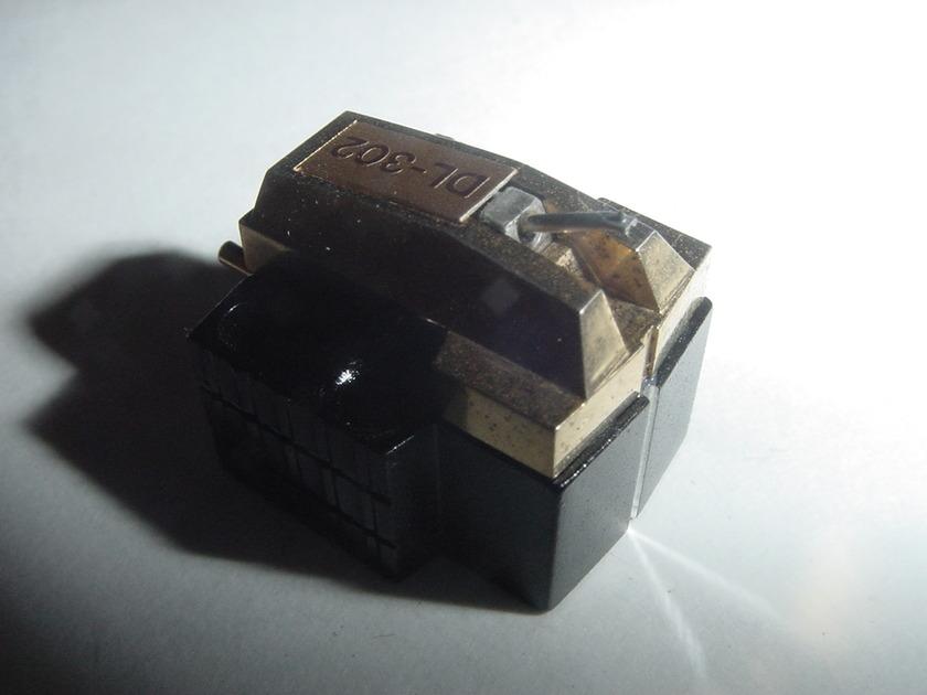 Denon DL-302 low output moving coil cartridge LOMC