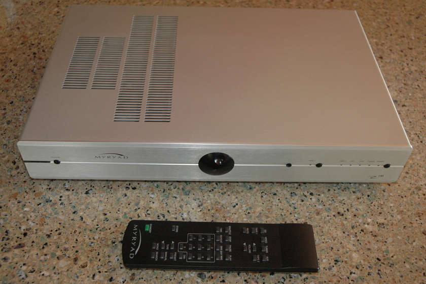Myryad Z140 Integrated w/Phono & Remote