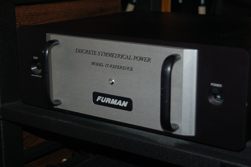 Furman IT Reference Power Conditioner