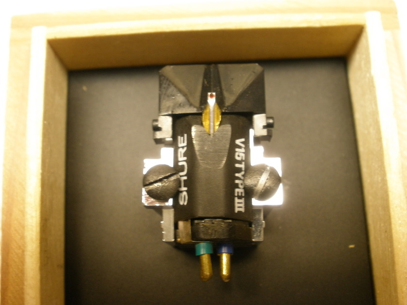 SHURE V15 Type III  Moving Magnet