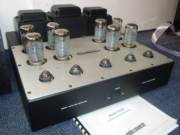 Audio Research VS-110 excellent condition (240v)
