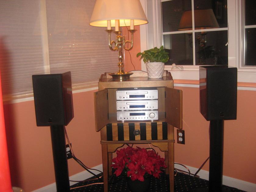 Cambridge Audio ar30  cd30  dr30 Mini System