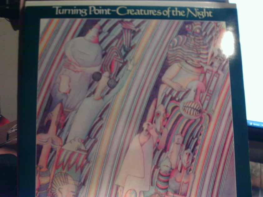 Turning point - CREAtures of the night