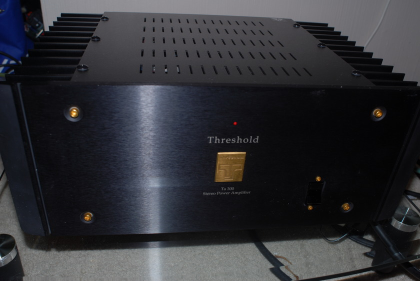 Threshold TA 300 Amplifier