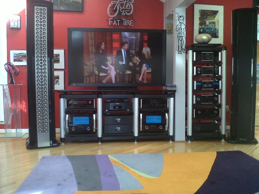 McIntosh XRT2K Speaker System