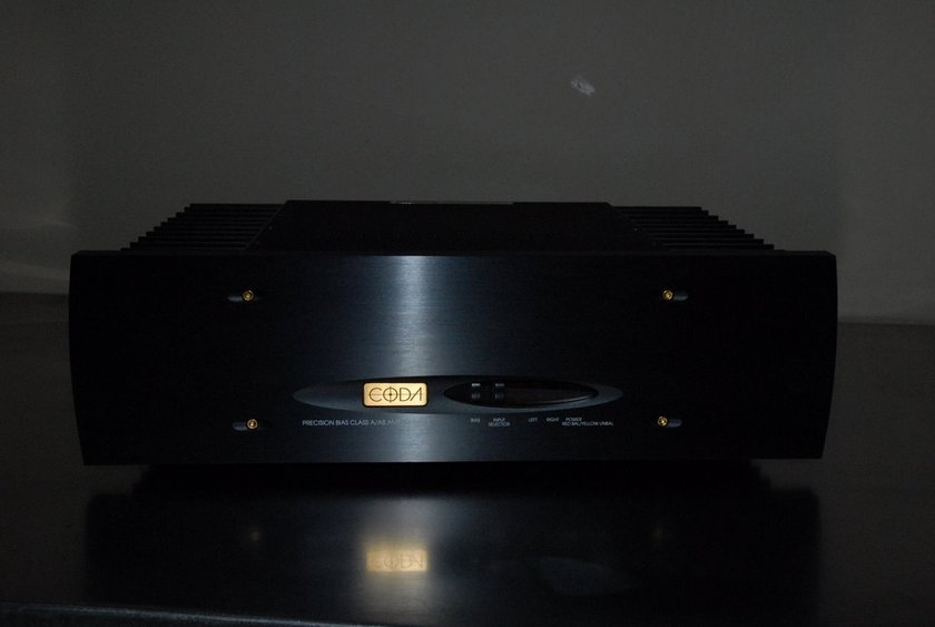 Coda Technologies 10.5 Precision Bias High Current Reference 2 Channel Amplifier 100W X 2  CLASS A/AB