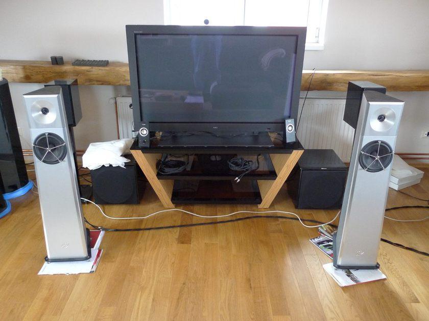 YG Acoustics Carmel Ultra High End loudspeaker