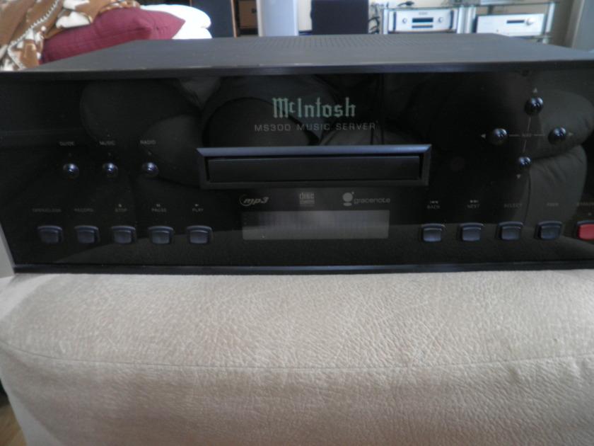 Mcintosh MS300 Music Server w/touch screen, streamer bonus