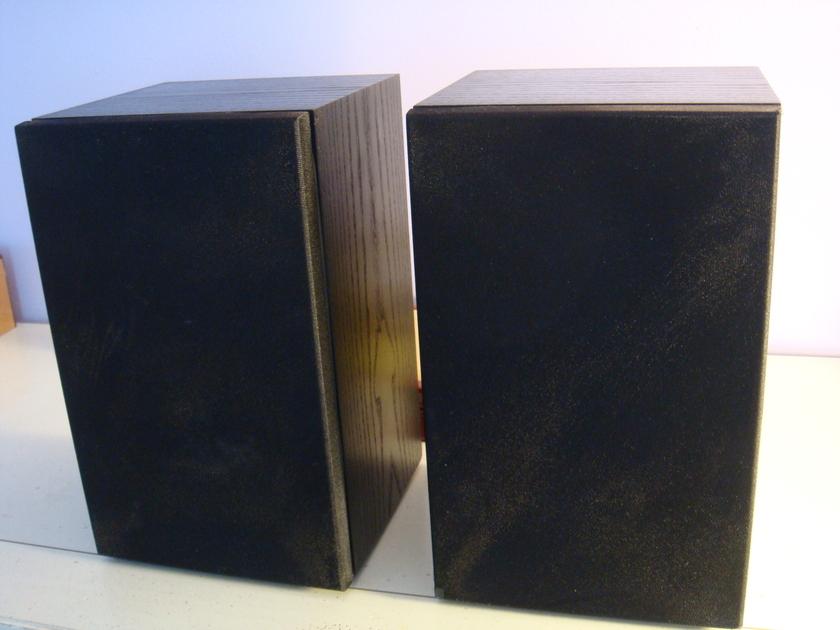 Linn Tukan bookshelf  loudspeakers, black finish, Stereophile recommended