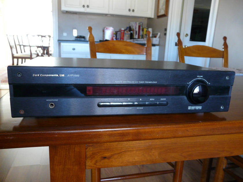 B&K A/V Tuner Preamplifier AVP 1000 Dolby Surround - Pro Logic