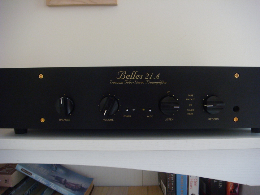BELLES 21a Pre-Amp w/AURICAPS And Other Extras!