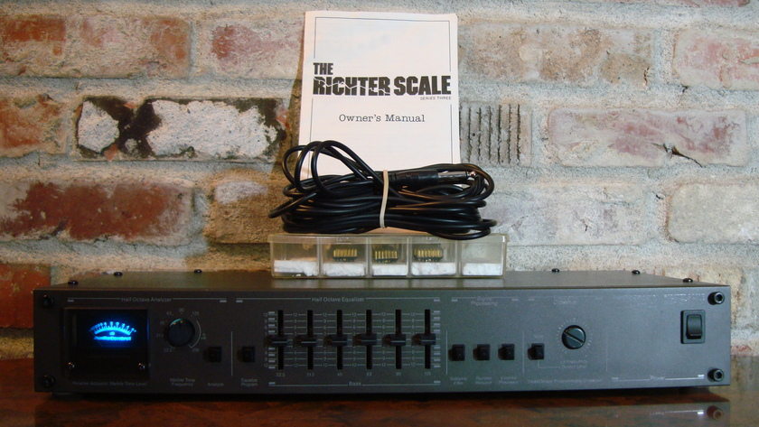 Audio Control AudioControl Richter Scale Series Three Equalizer Analyer Crossover