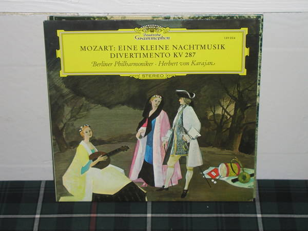 Von Karajan/BPO - Mozart Eine/Diverti DG German import  press