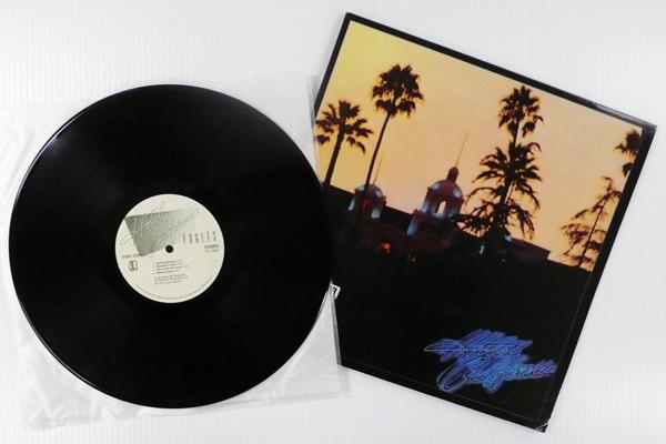 Eagles :: -  Hotel California