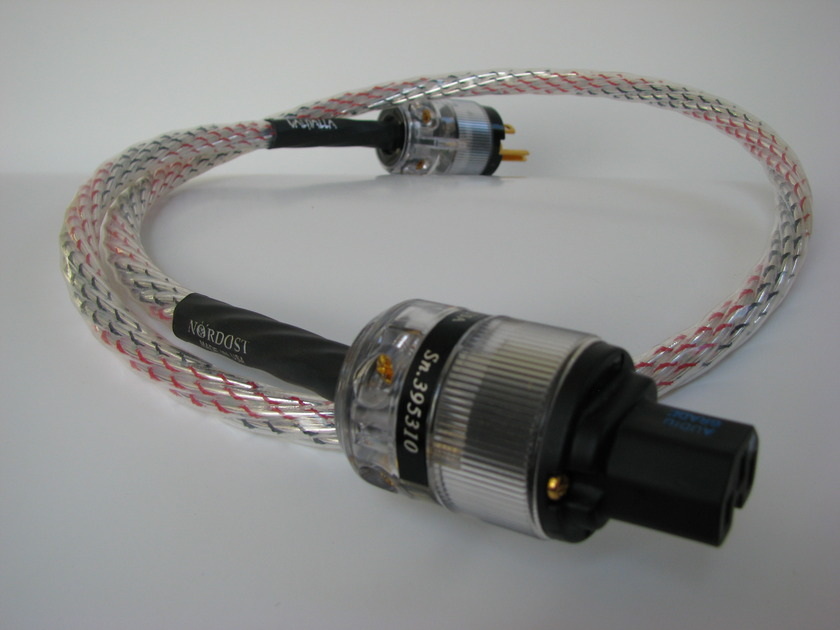 Nordost Valhalla AC Power Cable  1 Meter US Excellent Condition