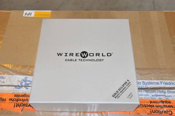 Wireworld Gold Eclipse 6 Bi-wire ( near brand new condition)