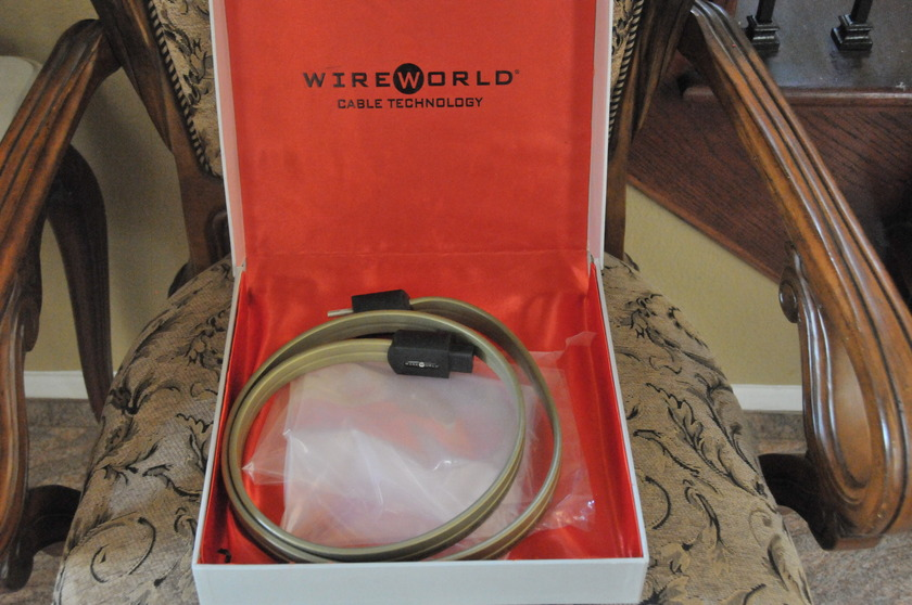 WireWorld Gold Eclectra5.2 1.5 meter power cord in near new condition for Low price